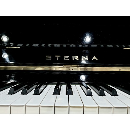 Pianino ETERNA